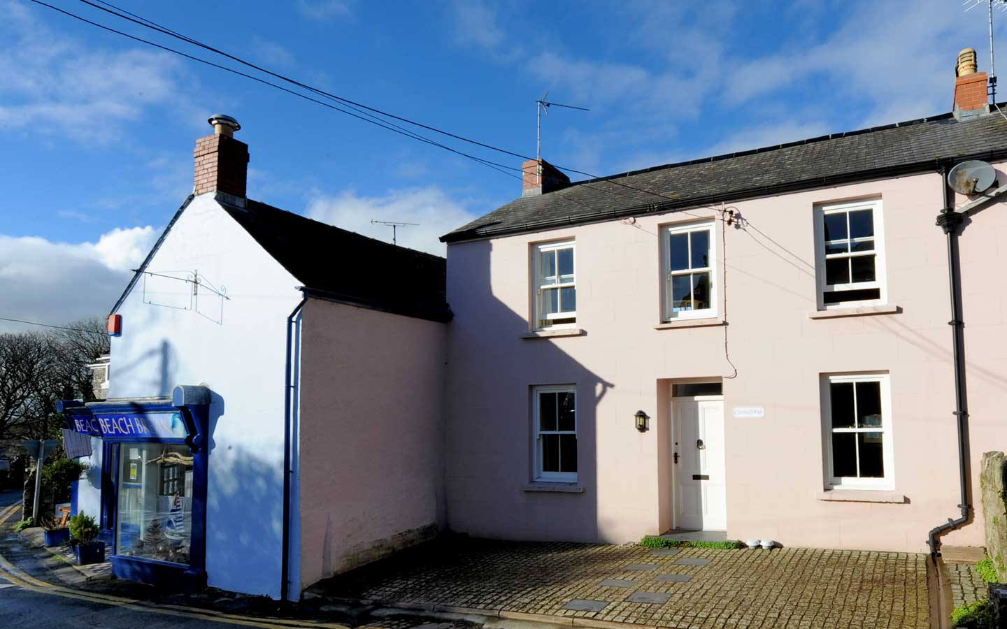 lovely old cottage to rent manorbier